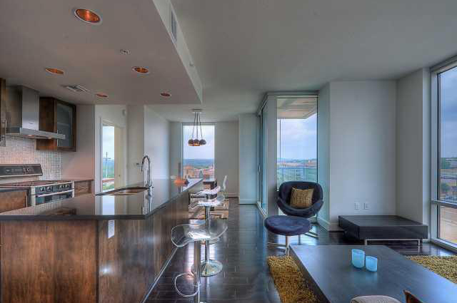condominium real estate and luxury condominiums Explore the best properties from over 48,448 chicago real estate listings -  selected to  whether you're searching for a starter condo or a luxury penthouse  level.
